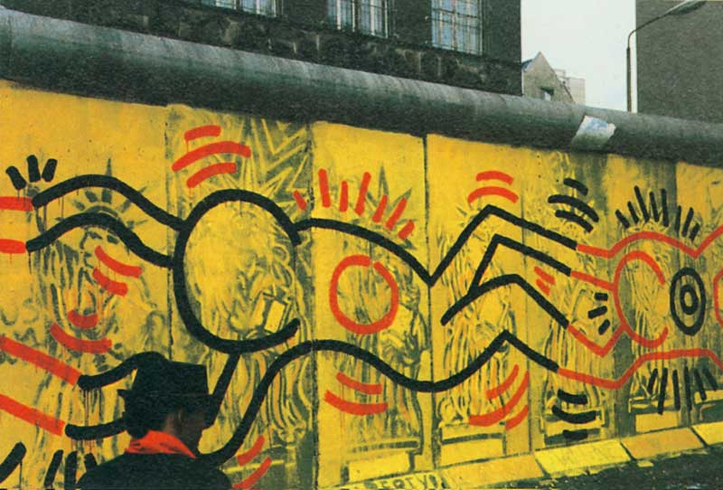 Lost art keith haring tate for Berlin wall mural