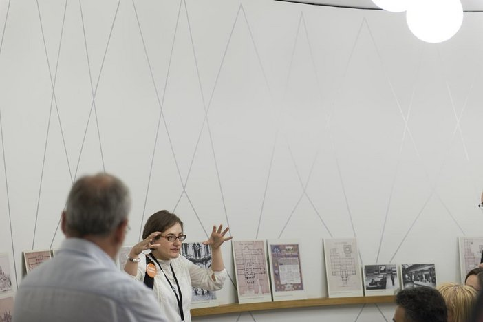 Female Archive Explorer volunteer presenting to group at Tate Britain