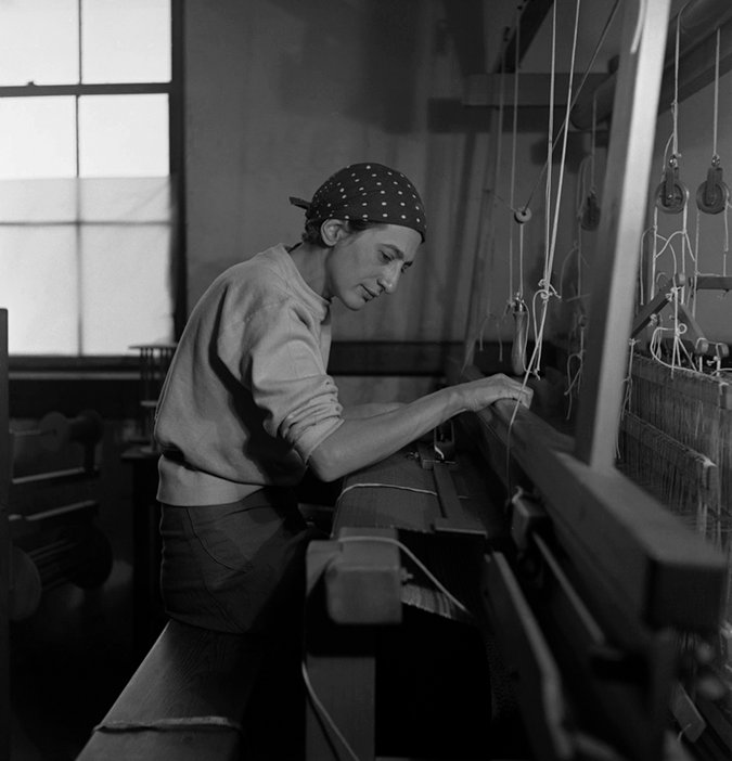 Anni Albers in her weaving studio at Black Mountain College, North Carolina, 1937