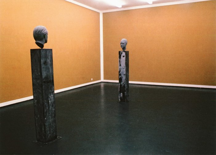 Blinky Palermo and Gerhard Richter Wall Painting and Sculpture 1971 two head sculptures on a seperate plinths facing each other