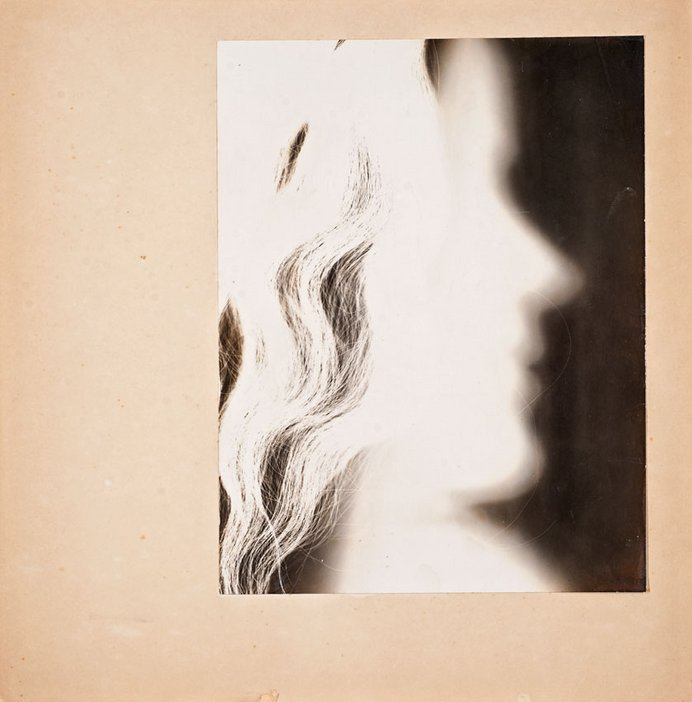 Barbara Hepworth, Self-portrait photogram 1933