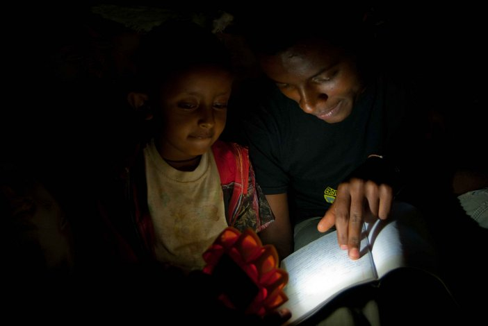 Studying with the Little Sun, Photocredit: Desta Mahdere