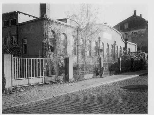 Exterior of the Karl Max Seifert lamp factory c1906 to 1907 black and white photograph of the factory from a cobbled road