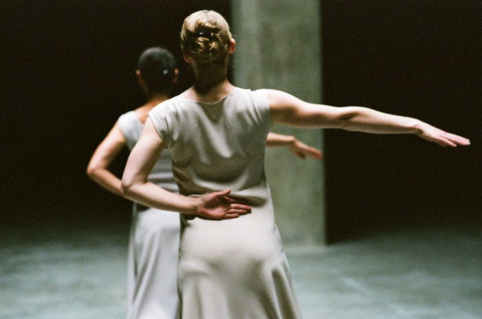 Photograph from Fase: Four Movements to the Music of Steve Reich by Anne Teresa de Keersmaeker