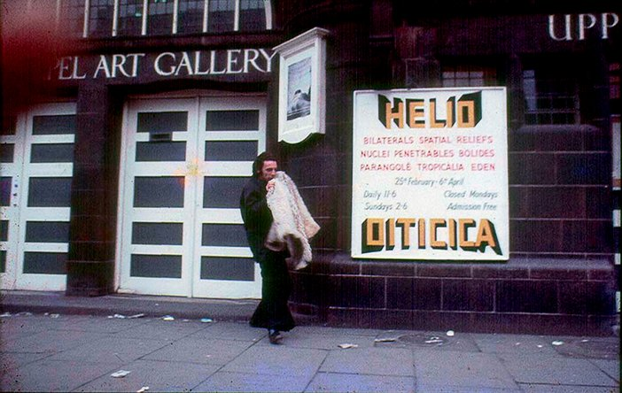 Hélio Oiticica outside The Whitechapel Art Gallery, London 1969.
