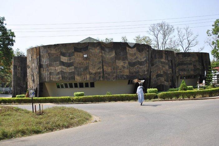 Ibrahim Mahana, MFA Exhibition, KNUST Museum, Kumasi.