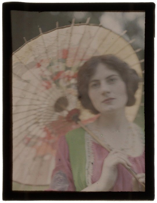 John Cimon Warburg The Japanese Parasol after 1909, printed 2016 Photograph, facsimile on lightbox from autochrome, Royal Photographic Society / National Media Museum / Science and Society Picture Librar