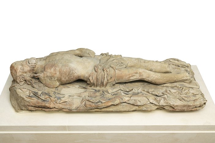 Statue of the Dead Christ