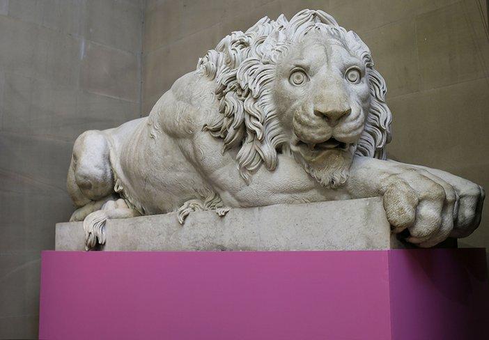 Francesco Benaglia and Rinaldo Rinaldi, Pair of reclining lions (detail) 1823-5