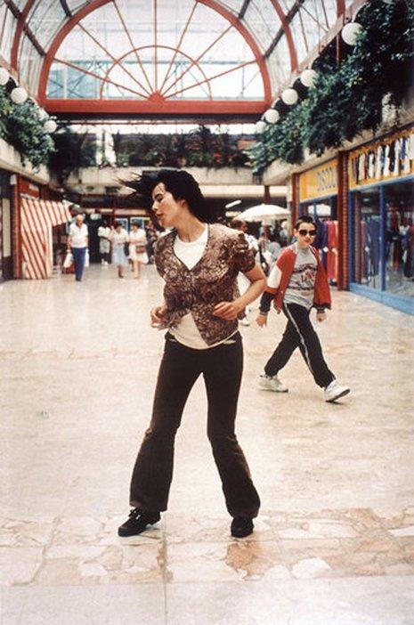 Still from Gillian Wearings Dancing In Peckham 1994