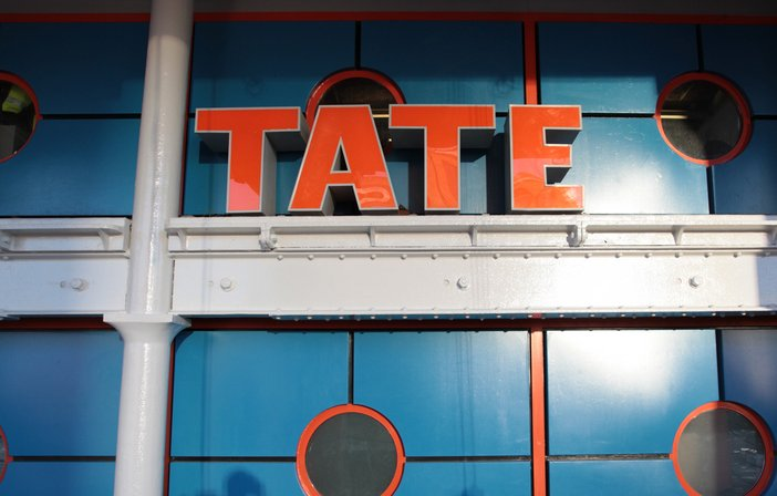 Tate Liverpool front and sign in the sun