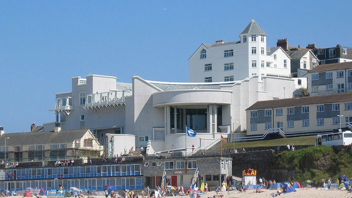 Tate St Ives seen from Porthmeor Beach in the summer
