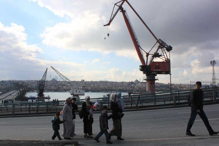Istanbul family and cranes: Tate blog