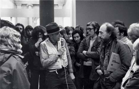 Joseph Beuys talking to Richard Hamilton at Tate 1972