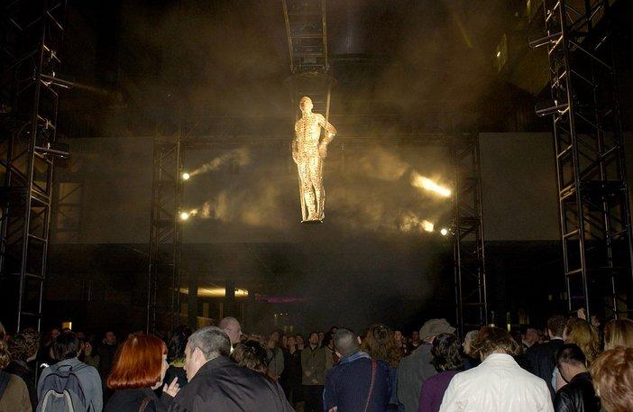Oleg Kulik, Armadillo for Your Show 2003