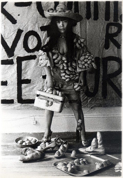 Kusama Fashion, 1970
