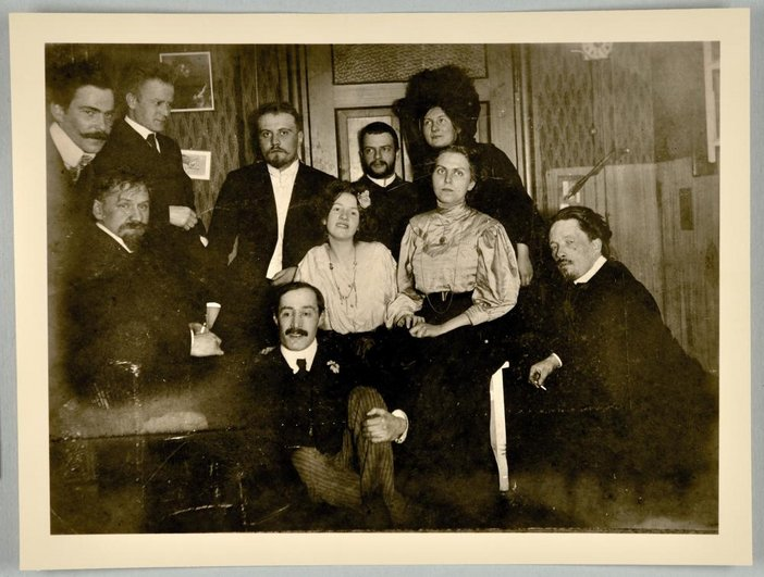 Paul Klee and Lily Klee (back centre) with a group in Munich in 1908