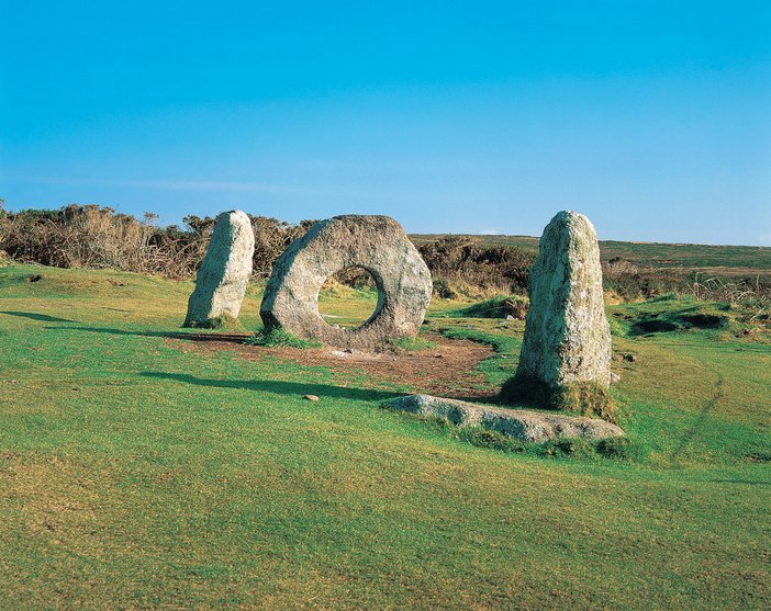 Men-An-Tol Photo(C) Paul Watts