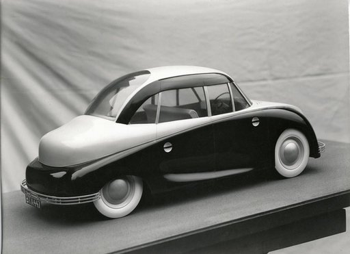 Model of Naum Gabos car design conceived for the Design Research Unit c1943 photograph of minature car model in black and white