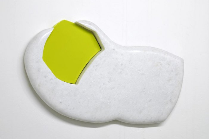 Flat 3d abstract sculpture of a toe with a lime green toe nail