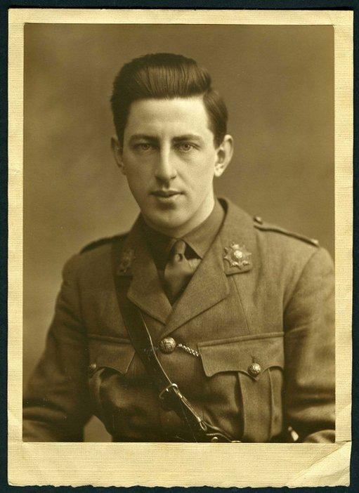 Paul Nash in military uniform