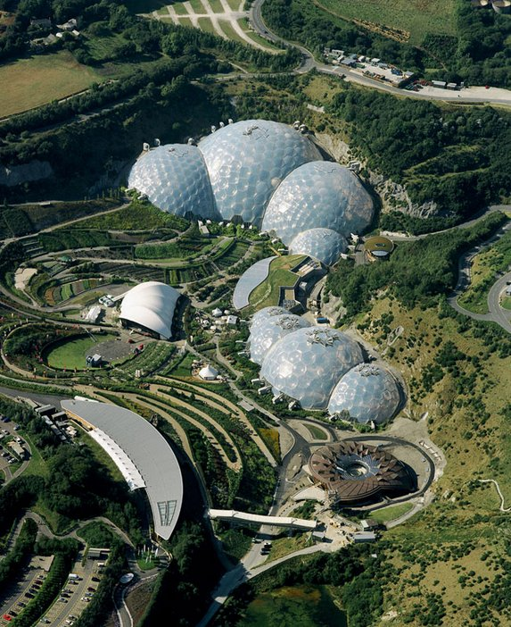 Nicholas Grimshaw Biome conservatories at the Eden Project Cornwall 2001