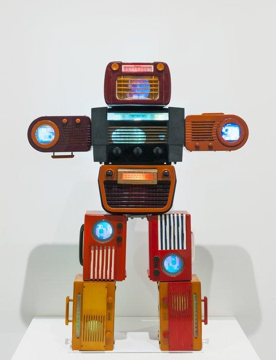 Nam June Paik, Bakelite Robot 2002