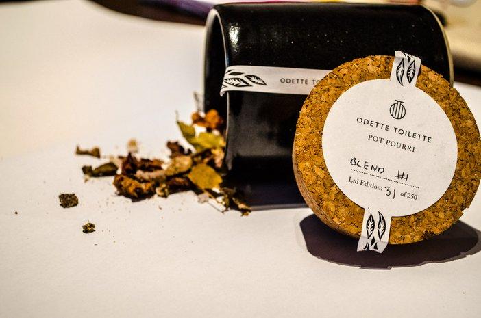 Odette Toilette perfume scent pot pourri
