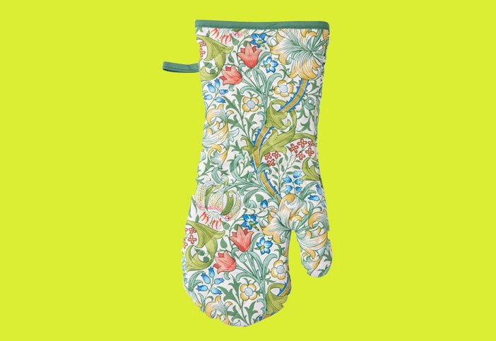 A Golden Lily Guantlet Oven Glove, Victorian and Albert Museum, £12.00