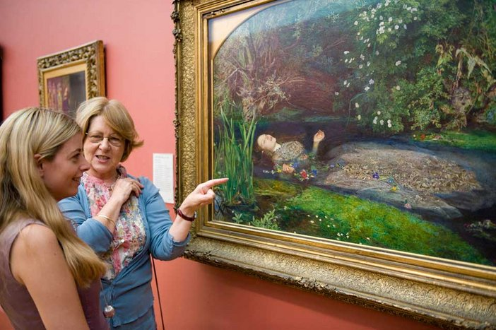 A tour guide discusses Sir John Everett Millais Ophelia 1851-2 as part of a private tour