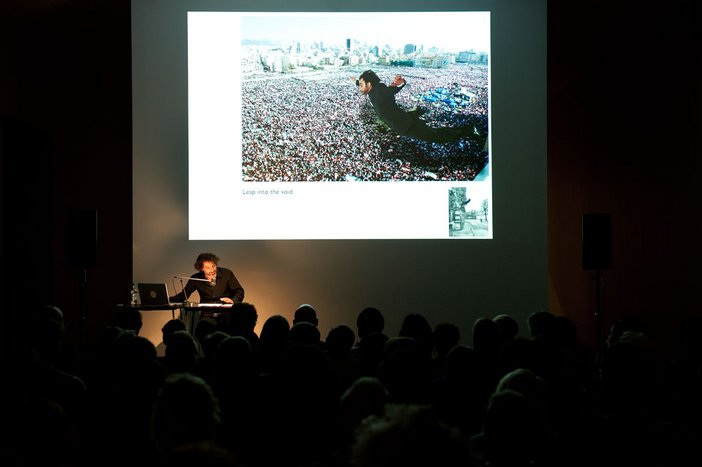 Rabih Mroué, Theater with dirty feet – a talk on theater into art 2008