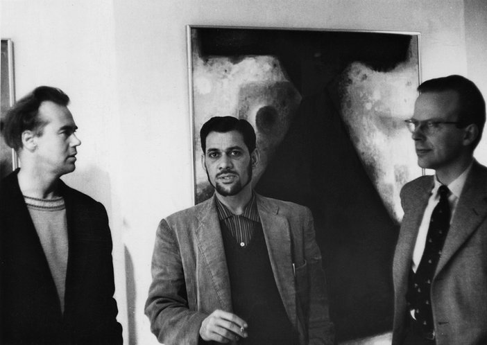 Victor Musgrave, Anwar Jalal Shemza and the art critic George Butcher at Gallery One, London, 1960