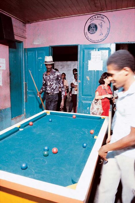 Snooker room in the Mangueira favela during shooting of the film HO by Ivan Cardoso, 1979
