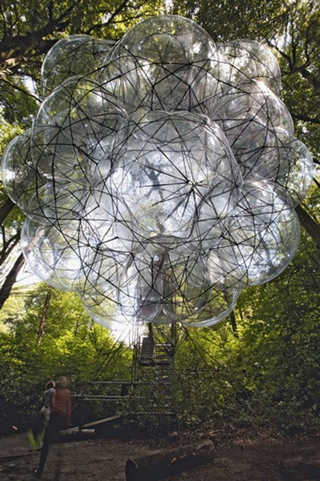 Tomas Saraceno Flying Green House 2008