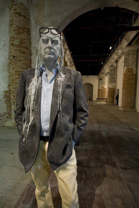 Urs Fischer's Untitled