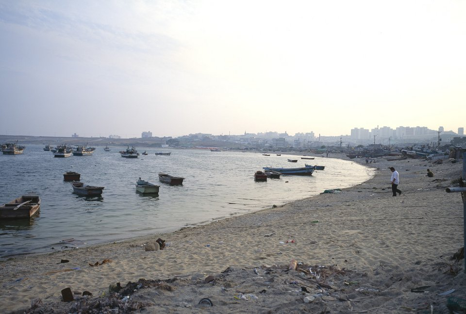 Allan Sekula Doomed Fishing Village of Ilsan, September 1993, from Fish Story 1989–1995