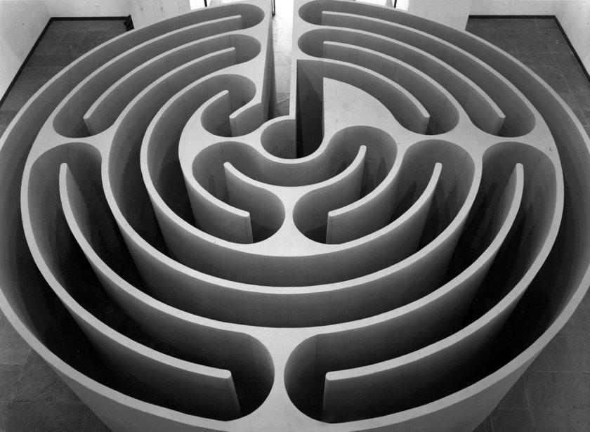 Robert Morris, Labyrinth 1974
