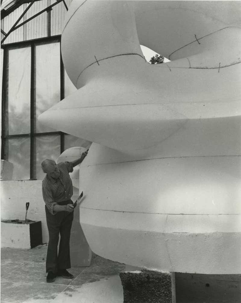 Henry Moore working on the polystyrene enlargement for Large Square Form with Cut 1969–71 at Perry Green