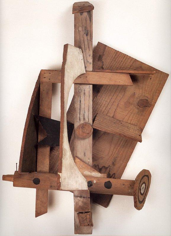 Pablo Picasso Mandolin and Clarinet 1913