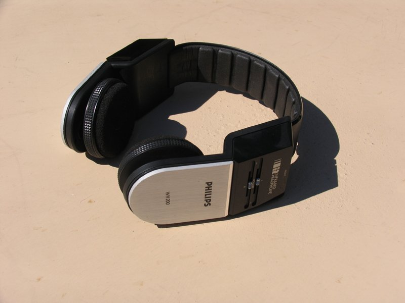 Philips headset used in Les Immatériaux 1985