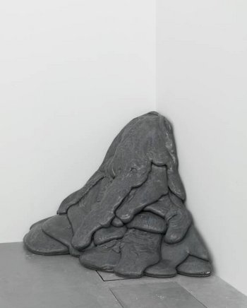 Lynda Benglis Quartered Meteor 1969, cast 1975