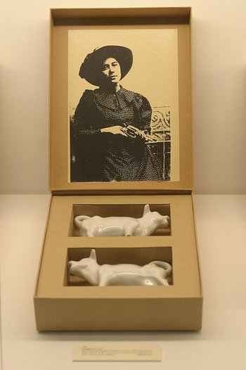 Susan Hiller From the Freud Museum 1991–6, box 008 Cowgirl/kou' gurl (collated, 1992)