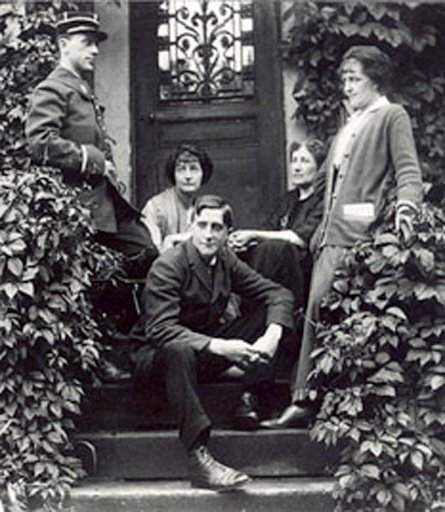 Unknown photographer Marcel Duchamp (front row) photographed with, from l. to r., Raymond Duchamp-Villon (in uniform), Yvonne Duchamp-Villon, Raymond's mother-in-law and Gaby Villon, on the steps at P