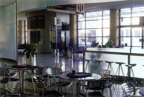 Susan Philipsz filter 1998 installation view of the Laganside Bus centre foyer and cafe