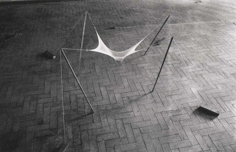 Ernesto Neto Topologic fluency on a structural camp for a high density point, yeah!  1992