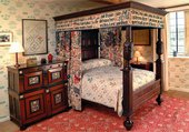 Makers on makers: Nicola Mascall of 'Nicola Mascall Miniatures' on William Morris's Bed