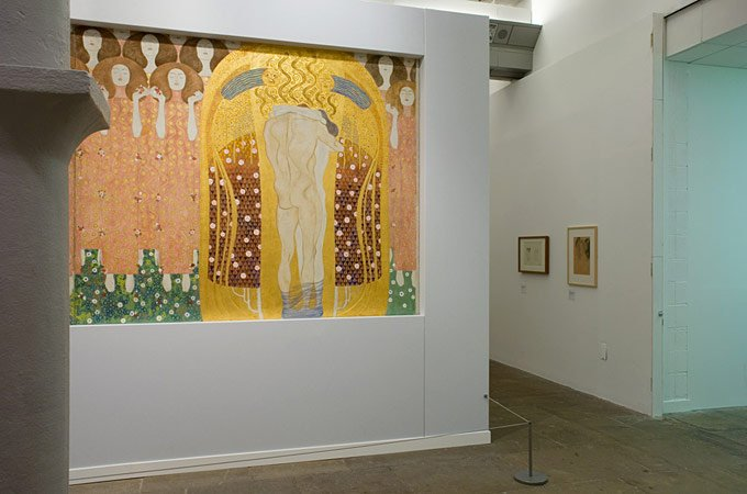 Gustav Klimt: Painting, Design and Modern Life in Vienna 1900 ...