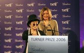 Tomma Abts receiving the 2006 prize from Yoko Ono
