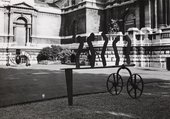 Sculptures by David Smith outside the Tate Gallery during the exhibition David Smith 1906–1965, Tate Gallery, London, 1966