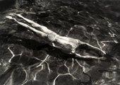 André Kertész Underwater Swimmer 1917